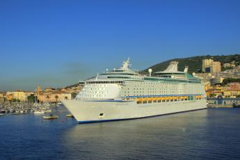 Картинка seas+in+ajaccio +corsica корабли лайнеры лайнер причал порт