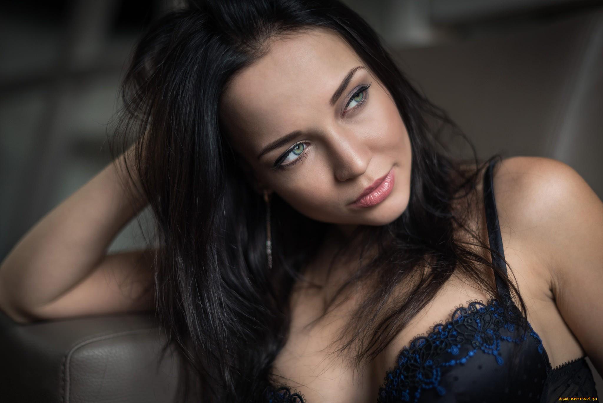 Русская красотка ангелина, Русское порно с Анжелика - смотреть онлайн бесплатно 4 фотография