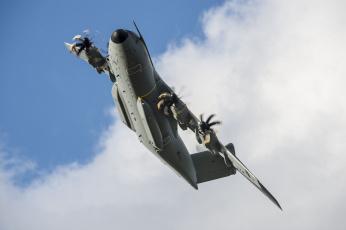 Картинка airbus+a400m+atlas+zm403 авиация военно-транспортные+самолёты транспорт