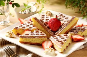 Картинка еда пирожные +кексы +печенье клубника десерт выпечка