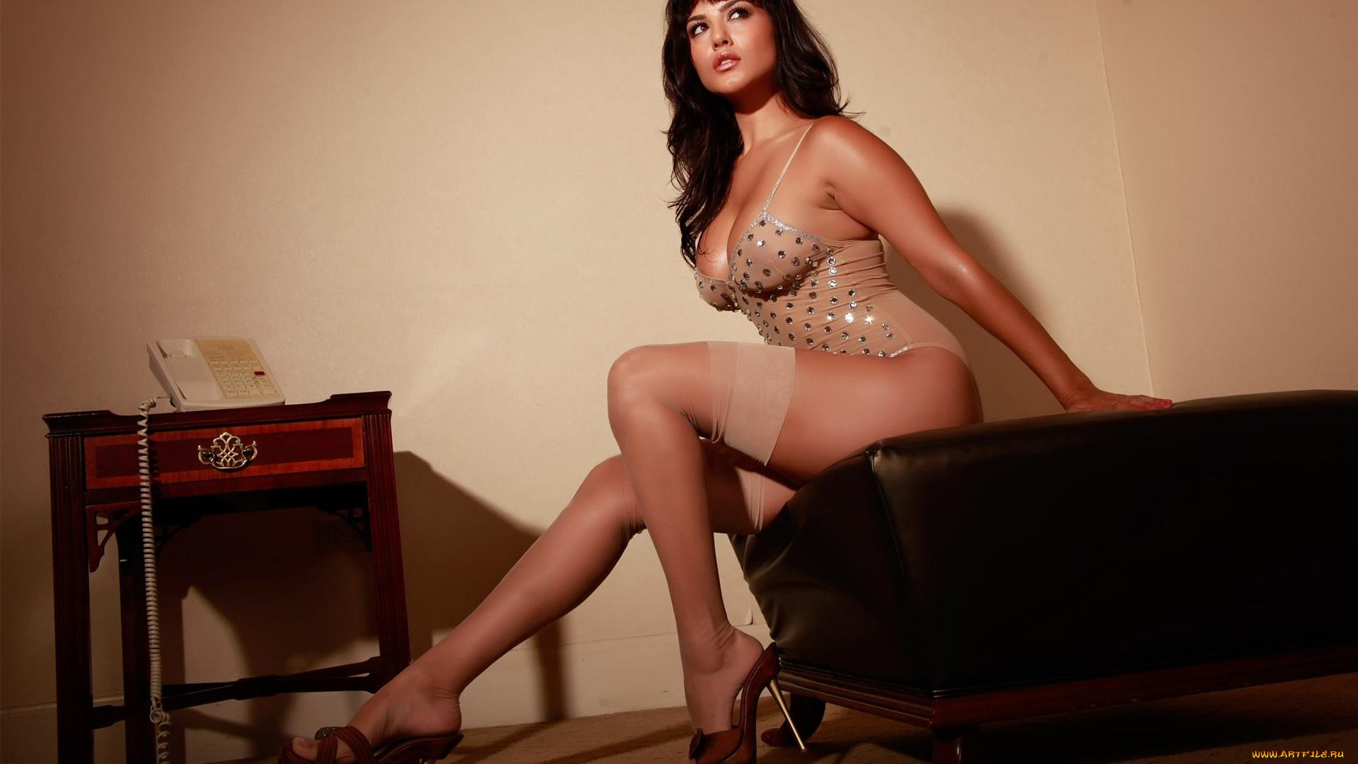 Секс красивые дамы в возрасте, Русское порно зрелых женщин. Секс видео с мамками 20 фотография