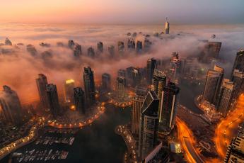 обоя города, дубай , оаэ, огни, туман, дубай, вечер, город
