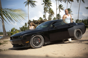 Картинка the fast and furious кино фильмы форсаж 5 dodge challenger gal gadot vin diesel