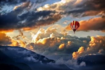 обоя авиация, воздушные шары, облака, горы, небо