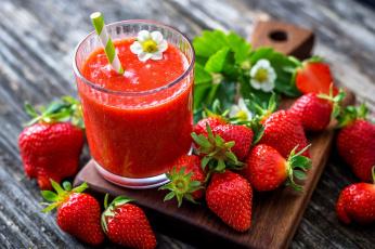 обоя еда, клубника,  земляника, ягоды, смузи