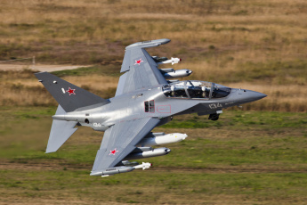 обоя Як- 130, авиация, боевые самолёты, полёт, самолёт, Як-, 130
