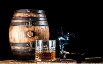 обоя еда, напитки, сигара, виски, дым, бочка, стакан