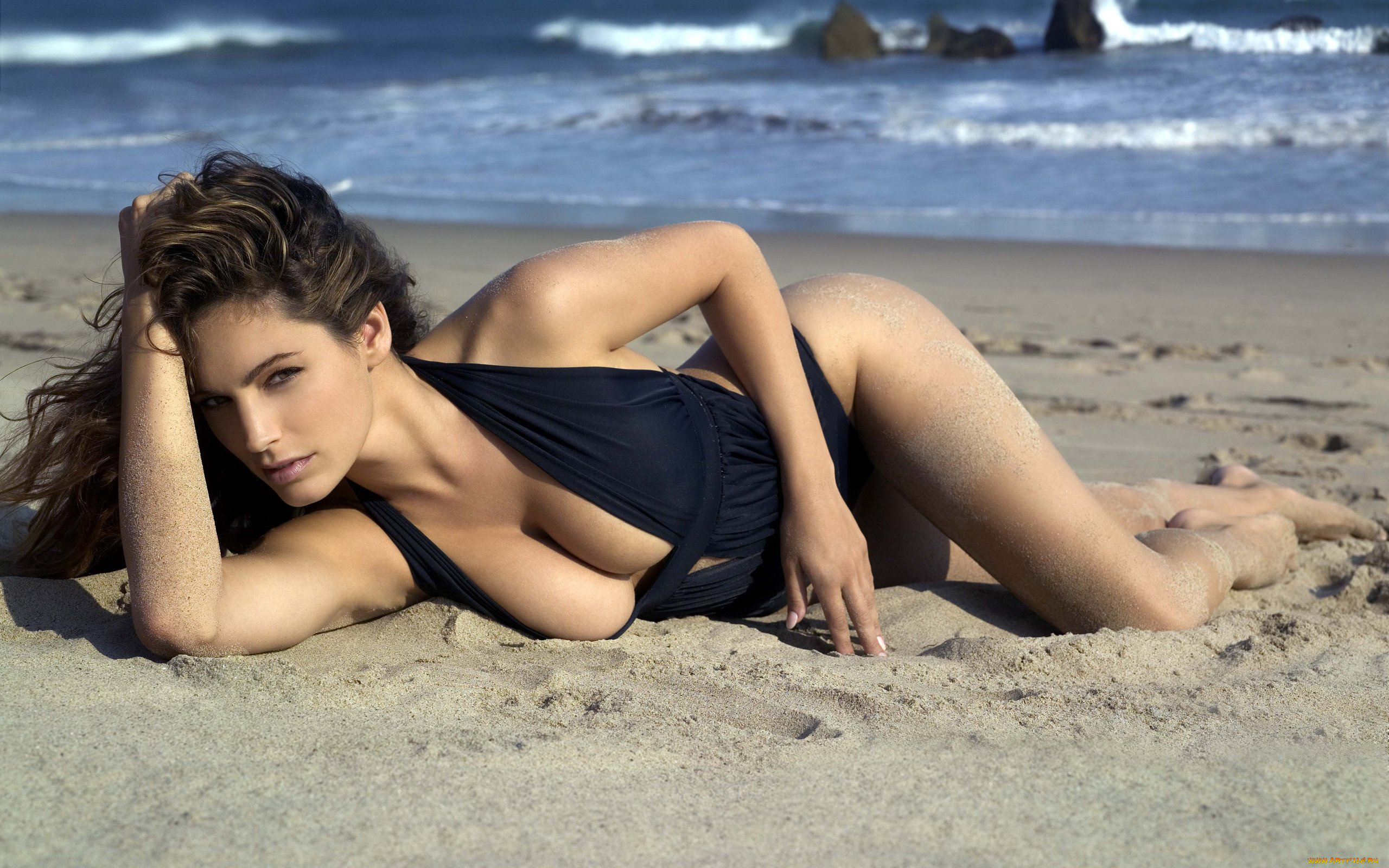 Видео девушек с пляжа вкусно