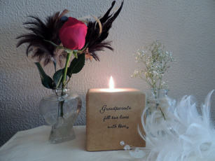 обоя разное, свечи, роза, свеча, надпись, перья