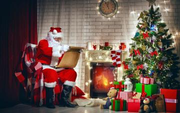 обоя праздничные, дед мороз,  санта клаус, елка, подарки, санта, камин
