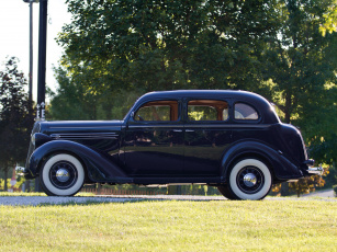 обоя plymouth deluxe model-p2 touring sedan 1936, автомобили, plymouth, deluxe, model-p2, touring, sedan, 1936, blue