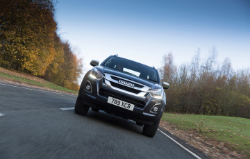 обоя isuzu d-max double cab uk-spec 2017, автомобили, isuzu, d-max, double, cab, uk-spec, 2017