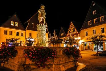 обоя города, - памятники,  скульптуры,  арт-объекты, фонтан, дома, ночь, площадь, германия, огни