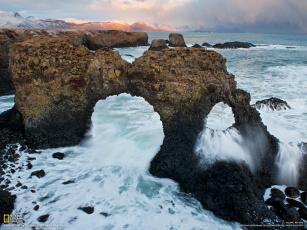 Картинка природа побережье скалы вода пена