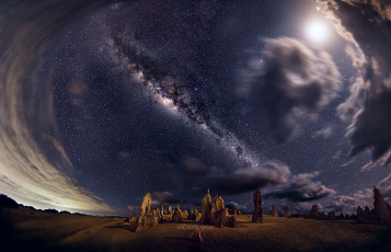 Картинка космос галактики туманности западная австралия национальный парк nambung ночь небо млечный путь звезды скалы панорама