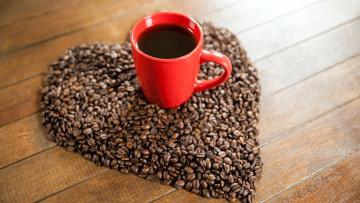 обоя еда, кофе,  кофейные зёрна, чашка, сердце, зерна