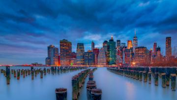 обоя города, нью-йорк , сша, east, river, ист-ривер, манхэттен, небоскрёбы, ночной, город, нью-йорк, здания, река, manhattan, new, york, city