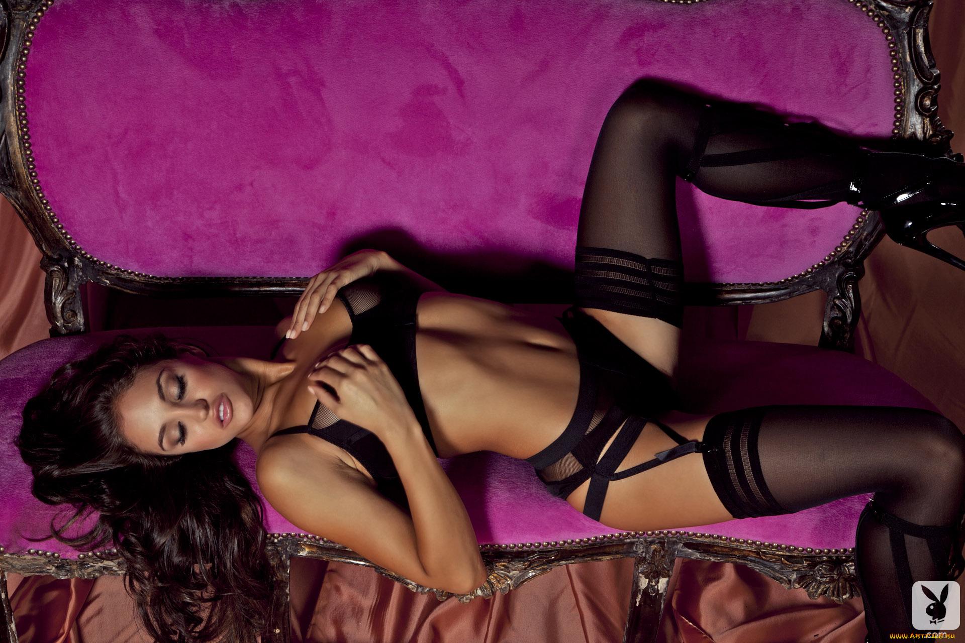 Эротика девушки белье, Голые в нижнем белье на фото - полу обнаженные 14 фотография