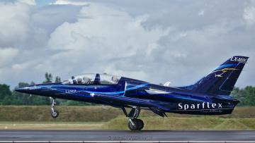 обоя aero l39c albatros, авиация, боевые самолёты, взлет
