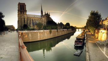 обоя города, париж , франция, баржа, набережная, собор