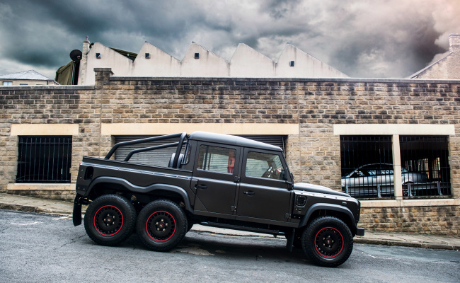 Обои картинки фото kahn design flying huntsman 6x6 land-rover defender 2017, автомобили, land-rover, 2017, defender, huntsman, 6x6, flying, design, kahn
