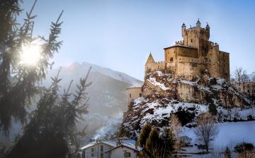 обоя castello saint-pierre, города, замки италии, замок