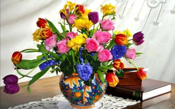 обоя цветы, букеты,  композиции, тюльпаны, фрезии, розы, гиацинты