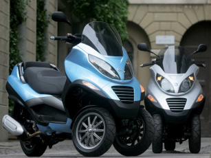 Картинка 2006 piaggio mp3 мотоциклы