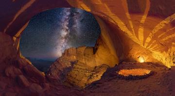 обоя природа, горы, млечный, путь, небо, скалы, сша, звезды, окно, ночь, арка