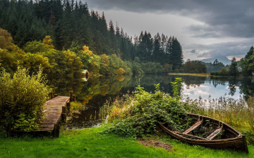 обоя корабли, лодки,  шлюпки, лодка, мостик, озеро, scotland, шотландия, осень, лес