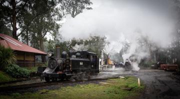 Картинка техника паровозы вагоны паровоз рельсы дорога железная