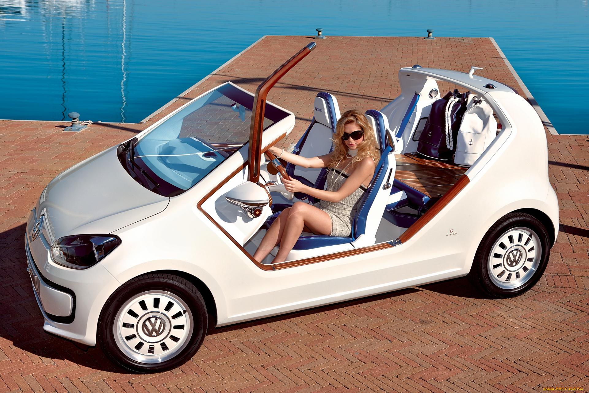 девушка блондинка оранжевый автомобиль volkswagen  № 729131 бесплатно