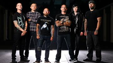 Картинка bleeding through музыка металкор мелодичный дэт-метал хардкор сша