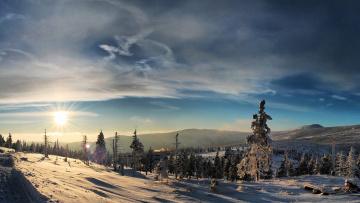Картинка природа зима облака лес холмы