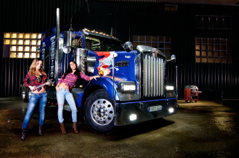 Картинка kenworth автомобили авто+с+девушками сша автобусы truck company грузовые