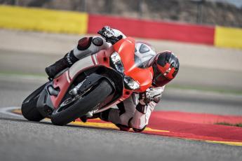 обоя спорт, мотоспорт, трек, скорость, гонки