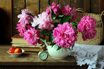обоя цветы, пионы, салфетка, будильник