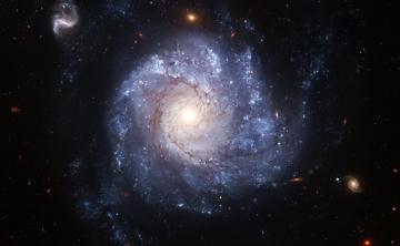 Картинка космос галактики туманности анфас хаббл спиральная галактика телескоп