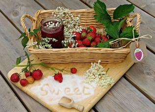 обоя еда, клубника,  земляника, вкусно, листья, ягода, варенье