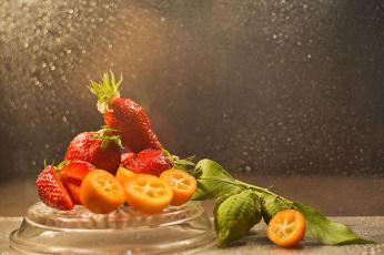 обоя еда, клубника,  земляника, сочная, спелая, вкусная, ягода