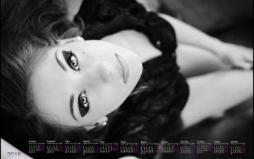 Картинка календари девушки черно-белое фото лицо