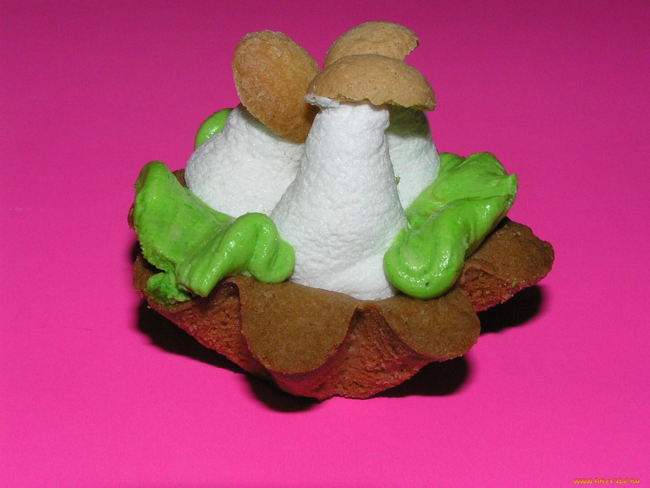 Пирожное грибки без смс