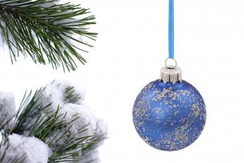 Картинка праздничные шарики снег иголки