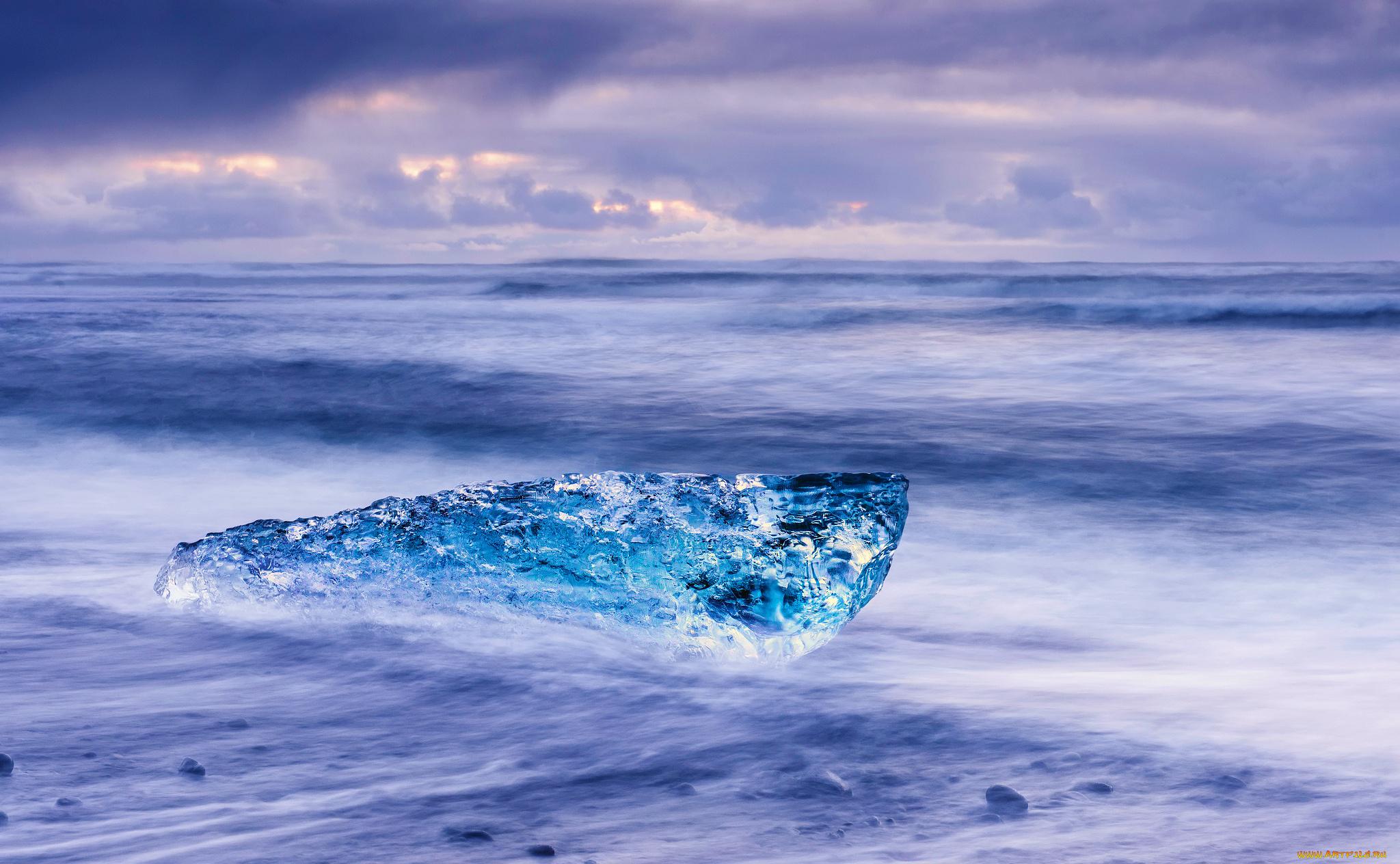 Льдины на берегу без смс