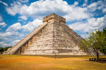 обоя chich&, 233, n itz&, 225,  - yucat&, n - mexico, города, - исторические,  архитектурные памятники, пирамида