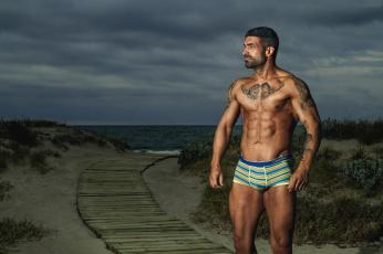 Картинка мужчины -+unsort пляж торс тату щетина море плавки
