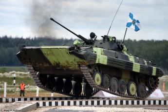 обоя техника, военная техника, бмп-2, прыжок, боевая, танковый, биатлон, машина