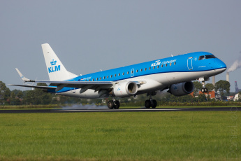 обоя embraer erj190std, авиация, пассажирские самолёты, авиалайнер