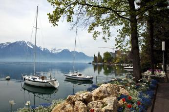 обоя корабли, Яхты, клумбы, яхты, горы, озеро