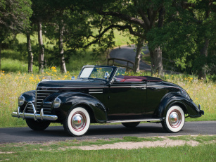 обоя plymouth deluxe convertible coupe 1939, автомобили, plymouth, 1939, deluxe, coupe, convertible